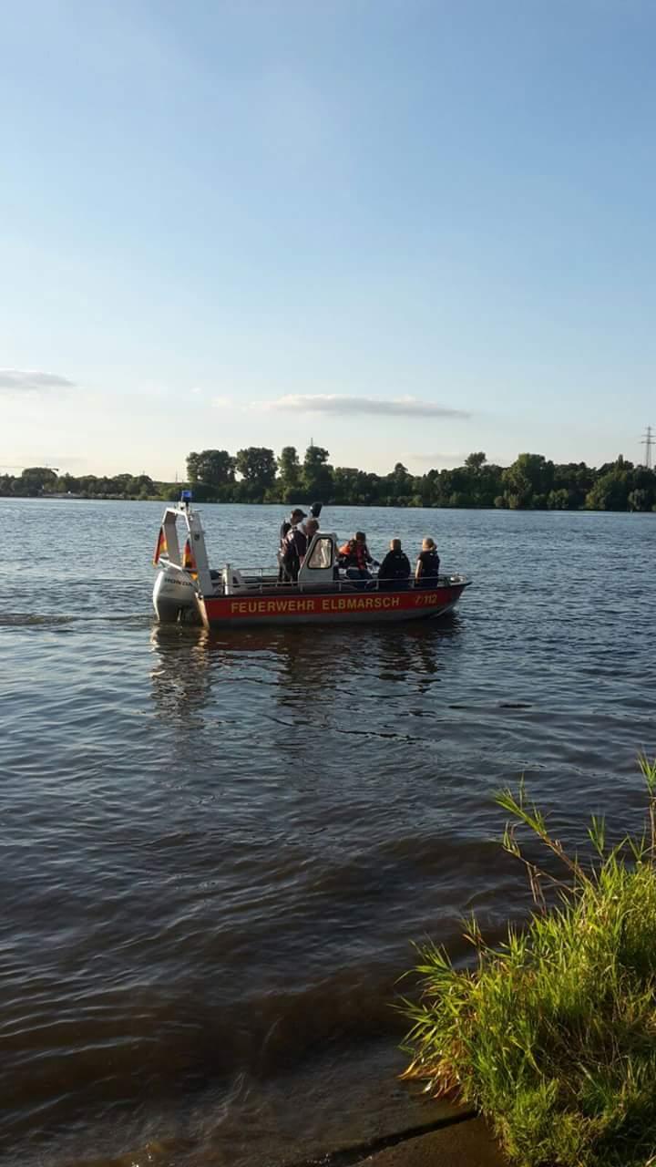Das Boot auf der Elbe