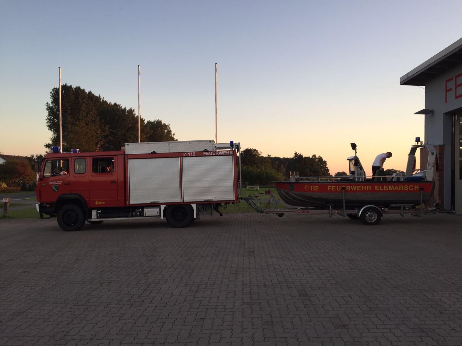 Zurück am Feuerwehrhaus